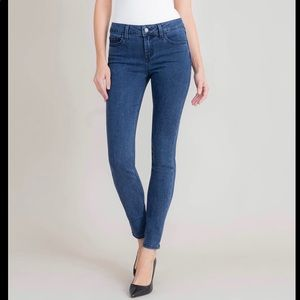 Level 99 Liza Midrise Skinny Jeans